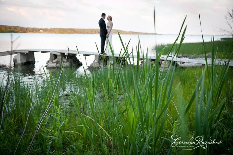 0016_littlecomptonwedding_corinnaraznikovphotography